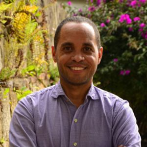 Prof Historia Luis Sanchez