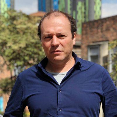 Prof CPOL Luis Bernardo Mejia
