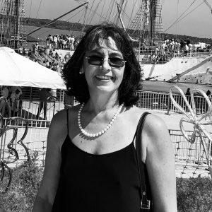 Viviola Gómez
