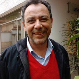 Julio Eduardo Cruz V.