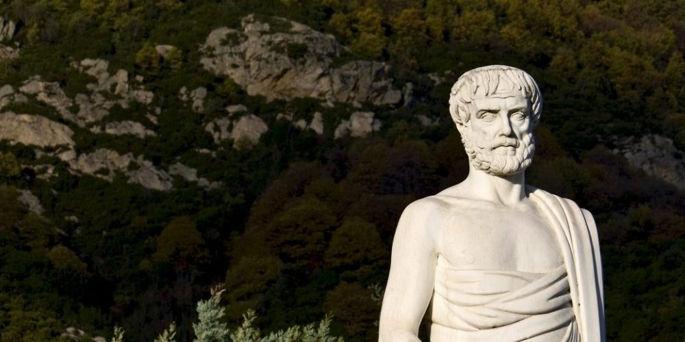 Estatua de Aristoteles en Estagira