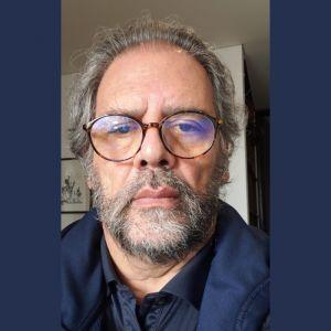 Carlos Uribe