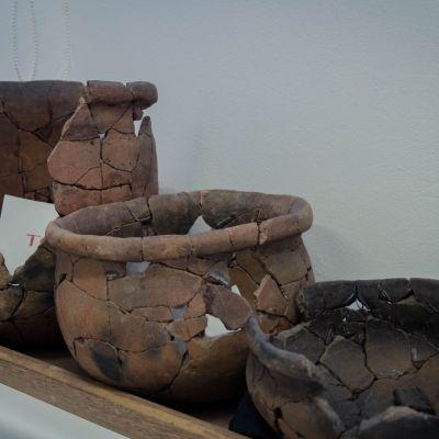 Recipientes del Laboratorio de Arqueología de la Universidad de los Andes