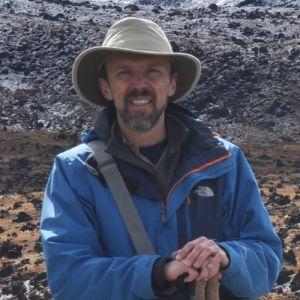 Andres Gulh Profesor Asociado